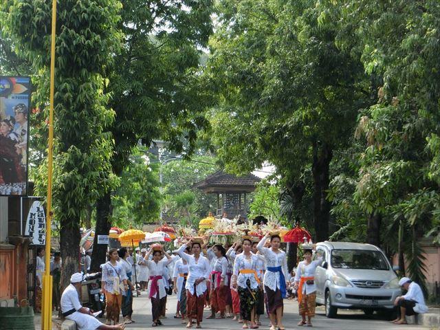 バリ島で行われるヒンドゥー教の祭事